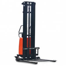 Record CTE1216HS Electric Stacker with Straddle legs